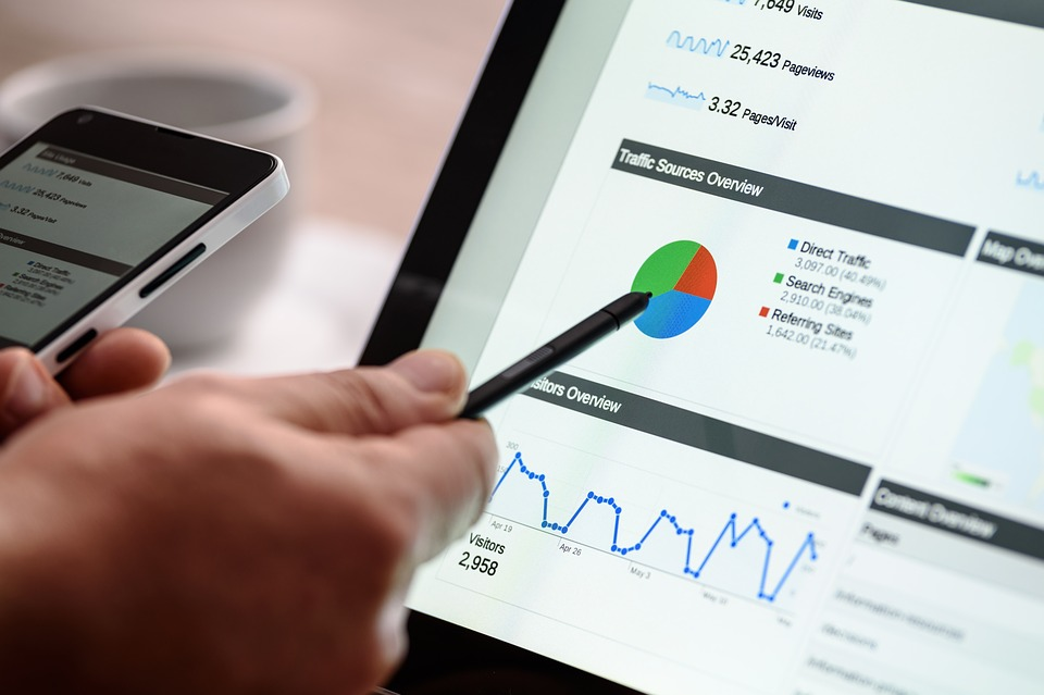 El email marketing permite aumentar el tráfico, generar más ventas, retener y fidelizar a los clientes.